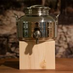 Jordan Olivenölfaß, Edelstahl mit Zapfhahn, 2L mit Holzständer